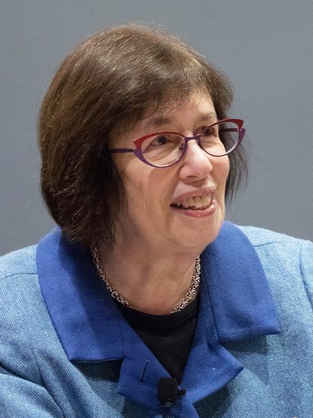 Headshot of Linda Greenhouse